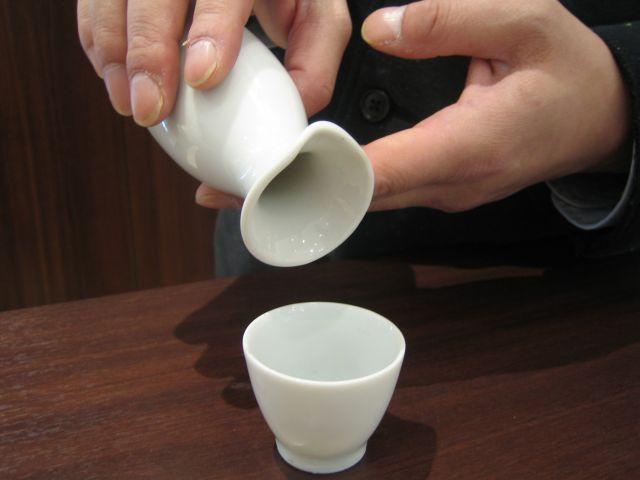 日本酒 注ぎ方